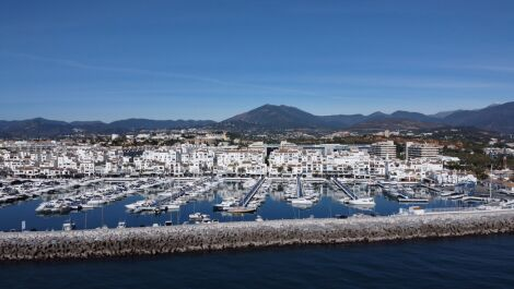 2 bedroom Apartment for sale in Marbella – R3705632 in