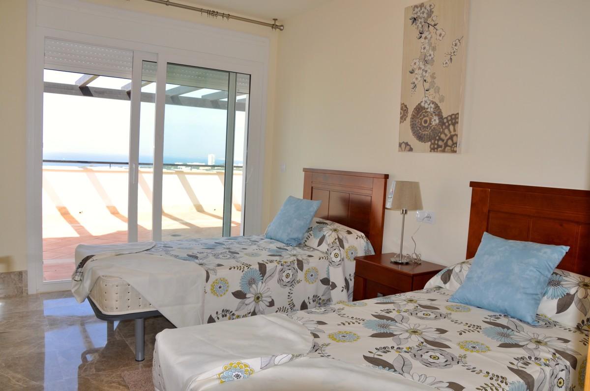 Adosado de 3 dormitorios en venta en Santa Clara – R3675017