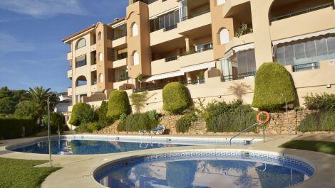 2 bedroom Apartment for sale in Elviria – R3738184