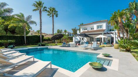 Villa de 4 dormitorios en venta en Sotogrande Alto – R3734680 en