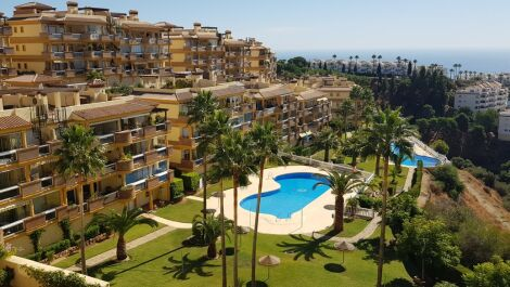 2 bedroom Apartment for sale in Calahonda – R3735409 in