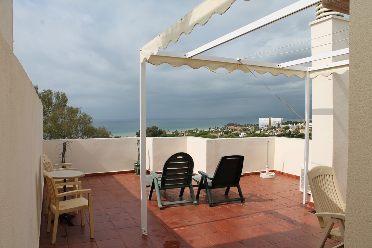 2 bedroom Penthouse for sale in Costabella – R3738334