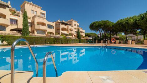 3 bedroom Apartment for sale in Elviria – R3728158