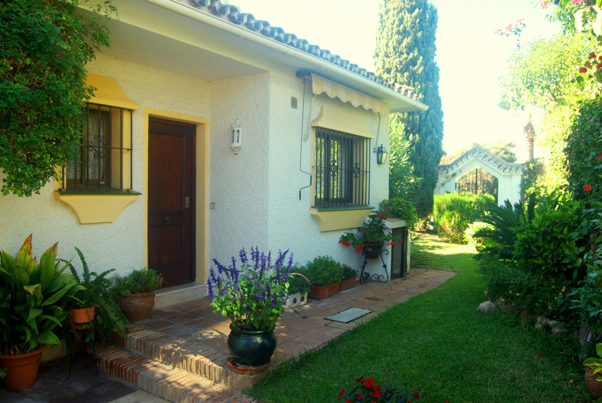 Villa de 3 dormitorios en venta en Las Chapas – R3740887