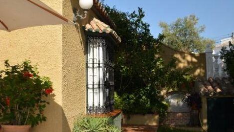 Villa de 4 dormitorios en venta en Calypso – R3229744 en