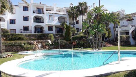 Apartamento de 4 dormitorios en venta en Reserva de Marbella – R3491434 en