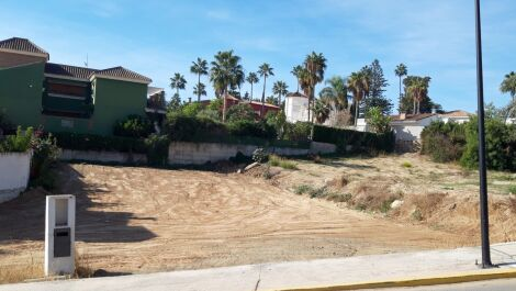 Terreno en venta en Mijas Costa – R3506836