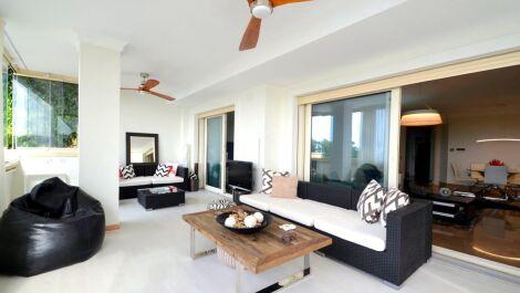 Apartamento de 3 dormitorios en venta en Sierra Blanca – R3232801 en