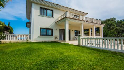 Villa de 4 dormitorios en venta en La Mairena – R3253186 en