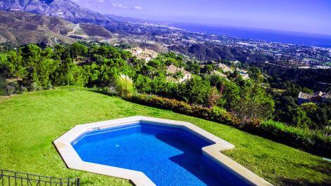 Villa de 6 dormitorios en venta en La Zagaleta – R3175849 en