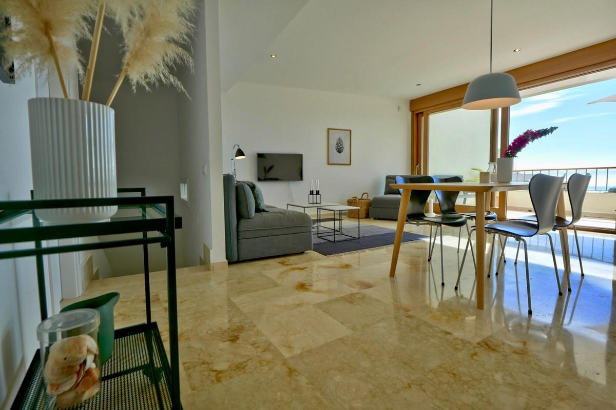 2 bedroom Apartment for sale in Altos de los Monteros – R3743038