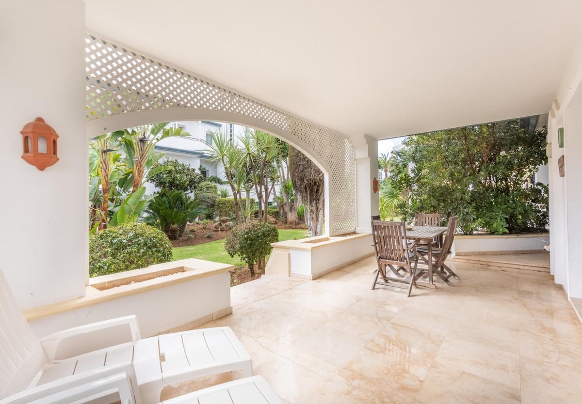 Apartamento de 2 dormitorios en venta en Nueva Milla de Oro – R3751507