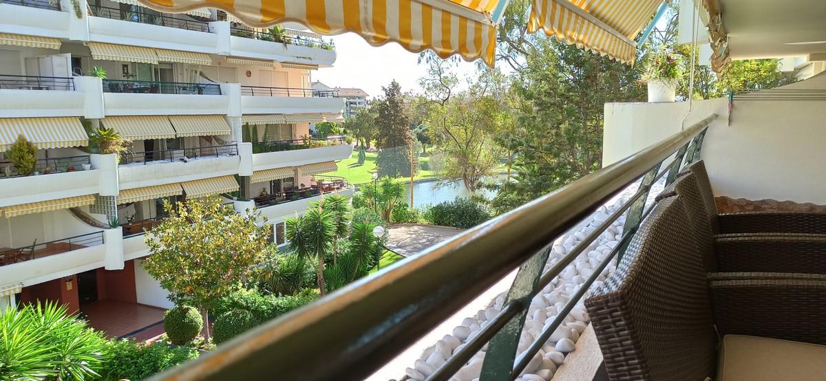 2 bedroom Apartment for sale in Guadalmina Alta – R3745453
