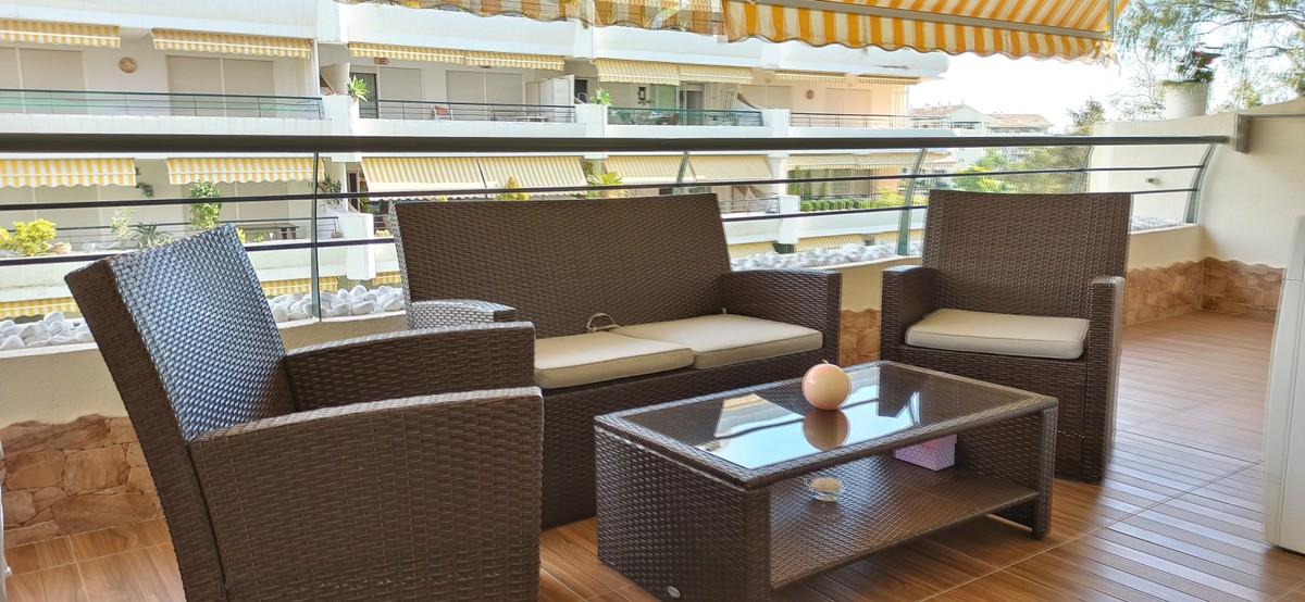 Apartamento de 2 dormitorios en venta en Guadalmina Alta – R3745453