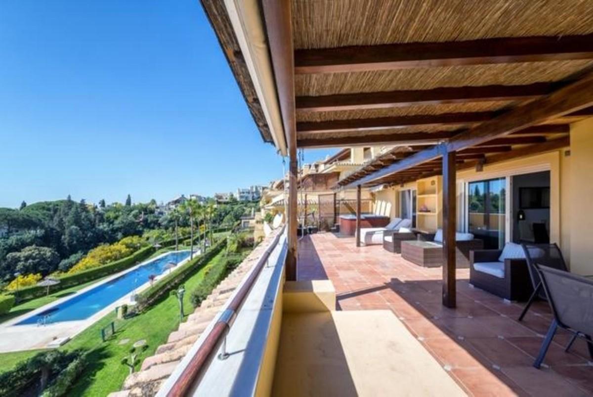 3 bedroom Penthouse for sale in Sierra Blanca – R3426400