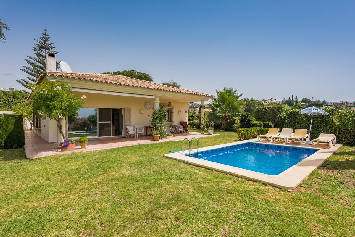 Villa de 3 dormitorios en venta en El Rosario – R3513787